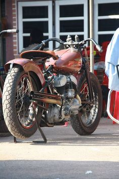 Very cool Harley bobber - Repined by http://gasnride.com