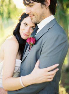 Wedding photo idea. So cute!