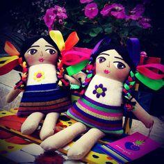 Muñecas artesanías mexicana