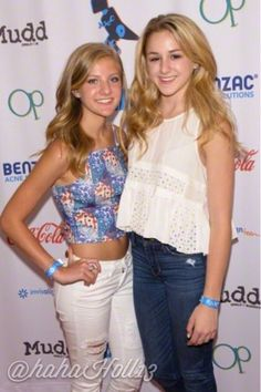Added by #hahah0ll13 Chloe Lukasiak and Paige Hyland at NYC Digifest 2015