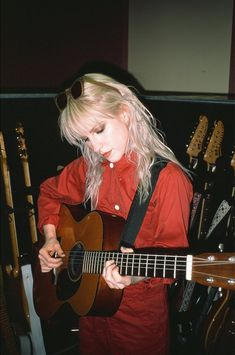 Hayley Williams of paramore 💜❤💜❤💜❤ Hipster Grunge, Grunge Goth, Hayley Paramore, Paramore Hayley Williams, Paramore Paramore, Over The Top, Pop Punk, Hayley Williams Style, Pretty People