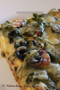 Lowcarb Pizza mit Thunfischboden Keto geeignete Variante