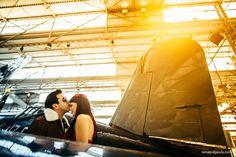 Ensaio de noivos no hangar