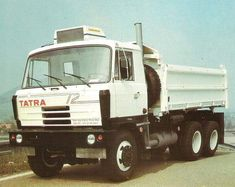 Tow Truck, Vintage Trucks, Heavy Equipment, Tactical Gear, Motor Car, Cars And Motorcycles, Techno, Transportation, Automobile