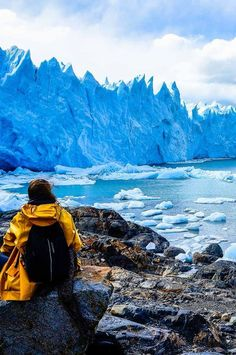 When I visited El Calafate in Argentina, all I wanted to do was see the Perito Moreno glacier, a huge mass of ice in Los Glaciares National Park. Ushuaia, Tango, Patagonia Hiking, Chile Patagonia, Argentina Culture, Argentina Travel, South America Travel, Cool Places To Visit, Places