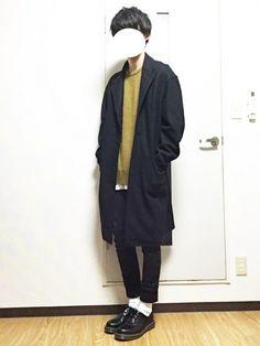 ブラックのロングコート愛用中✔️ ドロップショルダーに なってるのがお気に入り