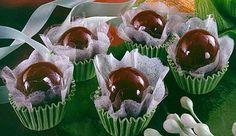 Brigadeiro com LEITE MOÇA® e Chocolate em Pó DOIS FRADES®, caramelados