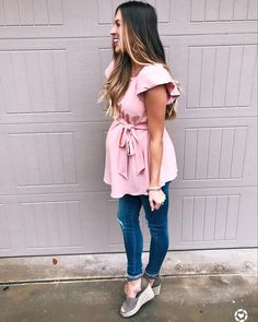 Pin by Udderly Hot Mama on Cute Maternity Clothes Cute Maternity Outfits, Stylish Maternity, Maternity Wear, Maternity Dresses, Maternity Fashion, Cute Outfits, Pregnancy Fashion, Baby Bump Style, Mommy Style
