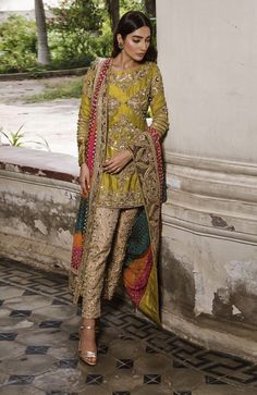 ANHAD Provides Best Quality Party Wear Designer Dresses for Girls and Ladies. Pakistani Mehndi Dress, Bridal Mehndi Dresses, Pakistani Party Wear, Pakistani Wedding Outfits, Pakistani Couture, Dresses To Wear To A Wedding, Pakistani Dress Design, Party Wear Dresses, Pakistani Dresses