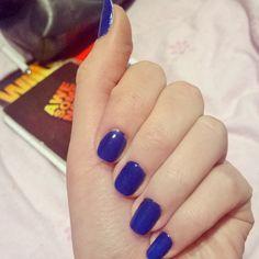 Natural dark blue nails
