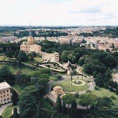 #vatican #giardinivaticani #piazzasanpietro #начнипутешествовать #ig_captures by alekseitupitsa