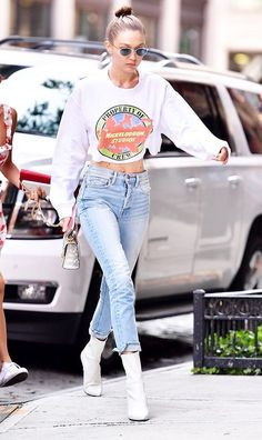 Gigi Hadid has been wearing these CLINGER ankle boots with so many outfits See her looks and shop the boots here. City Outfits, Casual Outfits, Fashion Outfits, Look Fashion, Autumn Fashion, Bella Hadid Style, Moda Emo, Jeans With Heels, Boating Outfit