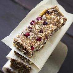 pFor a quick & healthy snack on the go, these Energy Bars are loaded with nutritional goodness! Ingredients 6 TBS Flannerys Organic Coconut Oil 2 TBS Coconut Butter 4 TBS Flannerys Organic Cacao Powder 2 TBS Flannerys Organic Acai Powder/p Quick Healthy Snacks, Healthy Sweets, Vegan Snacks, Healthy Recipes, Meal Supplement, Making Cold Brew Coffee, Healthy Granola Bars, Recipe Details, Protein Bars