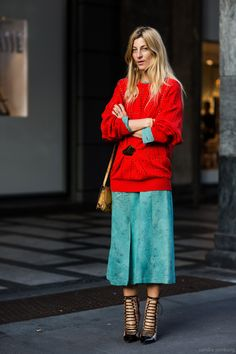 Trendy how to wear ankle boots with capris street styles Ideas Look Fashion, Womens Fashion, Fashion Trends, Milan Fashion, Red Fashion, Turquoise Fashion, Red Turquoise, Mode Style, Style Me