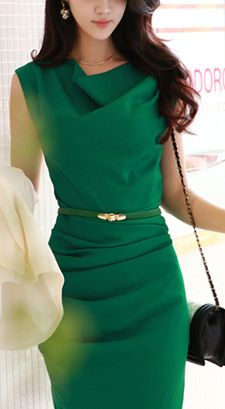 Normally I don't like that type of neckline but I wouldn't mind if the dress were this color green!! Lol. I'm picky.