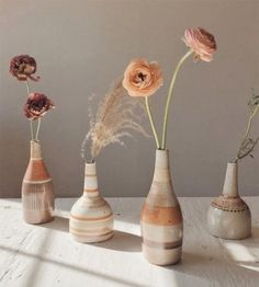 Shop from a wide range of wooden, ceramic flower vase, metal and glass flower vase . Long Metal Vase for Living Room, Home Bud Vases, Flower Vases, Ikebana, New Shape, Dried Flowers, Autumn Flowers, Seasonal Flowers, Cut Flowers, Planting Flowers