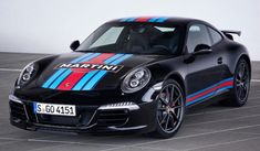Porsche Exclusive is launching the Porsche 911 Martini Racing Edition to coincide with this year's Le Mans race. Porsche 911 Martini Racing Edition is limited to 80 units Carros Porsche, 996 Porsche, Porsche Autos, Porsche 911 Turbo, Martini Racing, Porsche Carrera, Sport Cars, Race Cars, Porche 911