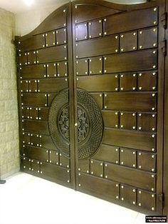 ابواب | Riyadh | شركة التجارة العالمية المتقدمة Aitco Main Entrance Door Design, Front Gate Design, Main Gate Design, House Gate Design, House Front Design, Entrance Gates, Grill Gate, Steel Gate Design, Colonial