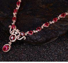 Collier Rubis et Diamant en or rose 18 ct