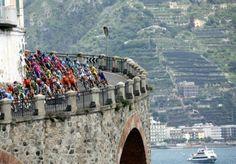 No time for the Giro peloton to enjoy the stunning view.