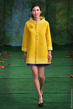 Handmade Outerwear. copyright handmade coat. Irena Levkovich WoolWonders. Arts and crafts fair. Bright yellow