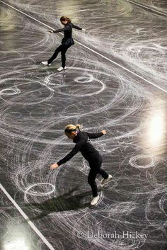 An Enjoyable Winter Sport - Ice Skating And My Skating History Ice Skating Quotes, Figure Skating Quotes, Winter Fun, Winter Sports, Skate 3, Inline Skating, Ice Skaters, Ice Dance, Winter Photos