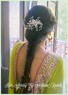 Hair styles indian wedding hairdos half up ideas for 2019 Indian Bridal Hairstyles, Baby Girl Hairstyles, Wedding Hairstyles For Long Hair, Fancy Hairstyles, Bride Hairstyles, Hairstyles Haircuts, Hairdos, Bridal Hair Buns, Bridal Hairdo