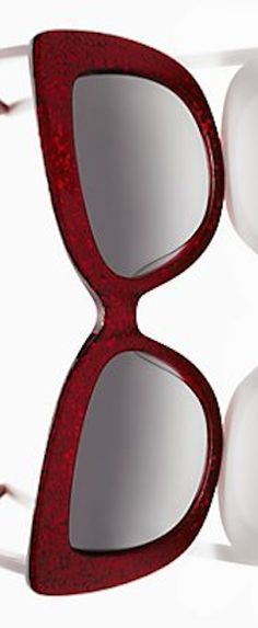 love these red glitter sunglasses  http://rstyle.me/n/r6ypwpdpe