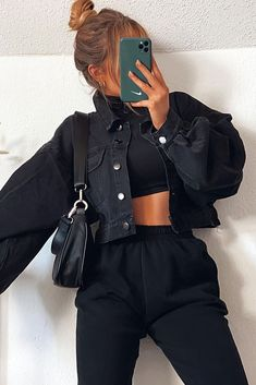 Winter Fashion Outfits, Edgy Outfits, Mode Outfits, Cute Casual Outfits, Look Fashion, Spring Outfits, Cute All Black Outfits, Cute Everyday Outfits, Elegantes Outfit