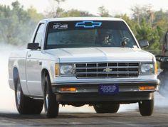 Little White S10 Drag Truck