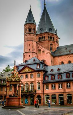 Wonderful Mainz, Rhineland-Palatinate, Germany http://www.travelandtransitions.com/european-travel/