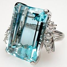 Vintage Natural Aquamarine & Diamond Cocktail Ring in Platinum