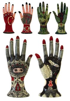 Evelyn Tannus Plaster Sculpture, Hand Sculpture, Manos Tattoo, Plaster Hands, Ceramic Cafe, Show Of Hands, Magic Hands, Wooden Hand, Hand Art