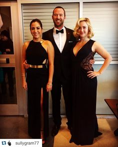 My two dates to the prom! Blindspot Tv, Series Movies, Movies And Tv Shows, Tv Series, Sullivan Stapleton, Ashley Johnson, Jaimie Alexander, Vestidos, Books