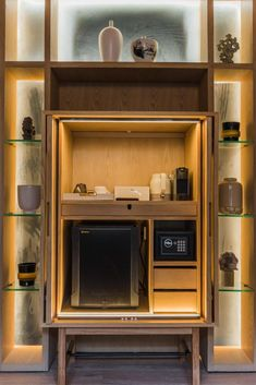 Gallery image of this property Custom & DIY Minibar Design Inspirations and Ideas for your Mancave Hotel Room Design, Home Theater Design, Hotel Minibar, Basement Bar Designs, Basement Ideas, Room Planning, Hospitality Design, Room Interior, Interior Design