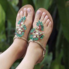 De pernas pro ar... mas em uma joia é claro!!! ❤️#Uza #UzaShoes #UzaVerao16 #UzaNossoVerao
