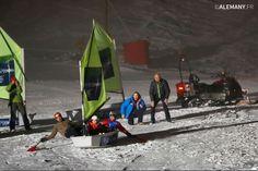 Grâce à Eric Loizeau, depuis 1994 la mer rend visite à la montagne tous les hivers. Pour la 2ème année consécutive c'est la station du Corbier qui accueille cet évènement sportif quelque peu insolite. 1 marin et 1 montagnard de renom se mettent en équipe avec un jeune issu des écoles de ski locales pour affronter 14 autres trios...la suite sur le blog!