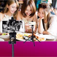 #geschenkideen #geschenke #schnäppchen #schnäppchenjäger #onlineshopping #shopping #shoppingtime #schweiz #schweiz🇨🇭 #fotografie #fotografie #fotografia #fotoshooting #gadgets #gadget #gadgetshop #smartphone #handy #handyfotografie Phone Tripod, Smartphone, Bluetooth Remote, Selfie Stick, Usb, Cell Phone Accessories, Easy Storage, Multifunctional, Angles