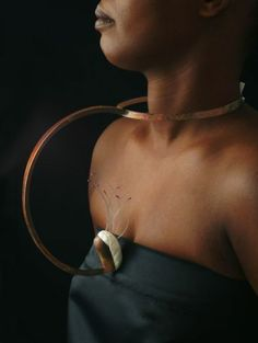 NATHALIE GOULIART -FR - Sculpture corporelle