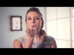 Vuosikymmenten hittikampaukset: Frozen-elokuvan Elsan lettikampaus - Videot - Yhteishyvä