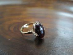 千本透かし blog / CLASSICS HAKOZAKI / 昭和ジュエリー: 559:デッドストック アルマンディンガーネット 千本透かし(打抜き) リング #13 Hair Comb, Silver Rings, Wedding Rings, Brooch, Engagement Rings, Jewelry, Enagement Rings, Jewlery, Jewerly