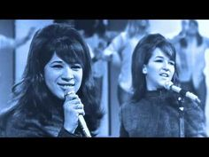 singing performance by The Ronettes - BE MY BABY - Go Go dancers and with live audience Date: November 1965 Place: at the Moulin Rouge Club in Los Angele. Gospel Music, Music Songs, Music Videos, Cher Videos, Jackie Deshannon, The Ronettes, Flute Sheet Music, Women Of Rock, 60s Music