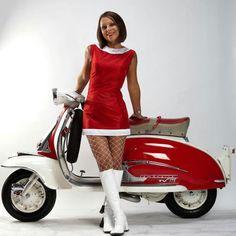 All things Lambretta & Vespa Retro Scooter, Lambretta Scooter, Scooter Motorcycle, Vespa Scooters, Vespa Girl, Scooter Girl, Motos Vintage, Vintage Vespa, Mod Girl