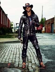 gq spain 0004 Dominique Hollington, Adonis Bosso, Henry Watkins + More are Bikers in Leather for GQ Spain