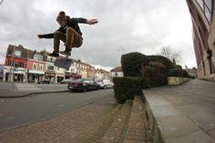 Max, flip