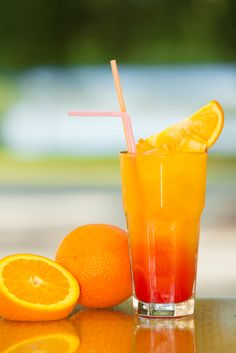 Non alcoholic children& punch Healthy Eating Tips, Healthy Nutrition, Non Alcoholic Drinks, Fun Drinks, Beverages, Cocktail Machine, Types Of Cocktails, Vegetable Drinks, Cocktail