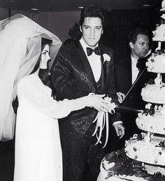 Elvis & Priscilla on their weddinng day
