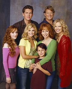 Reba - (2001-07). Starring: Reba McEntire, Christopher Rich, Joanna Garcia, Steve Howey, Scarlett Pomers, Mitch Holleman, Park Overall and Melissa Peterman. Partial Guest List: Richard Kind, Jo Marie Payton, Nell Carter, Julia Duffy, Greg Evigan, Dorothy Lyman, Peter Scolari, Niecy Nash, Jenny O'Hara, Martin Mull, James Avery, A.J. Trauth, Wendie Malick, Patrick Duffy and Dolly Parton.
