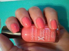 "Hairspray and High Heels: ""A Jersey Girl's Guide to Beauty"": Sally Hansen Hard As Nails Extreme Wear: Coral Reef Swatch"