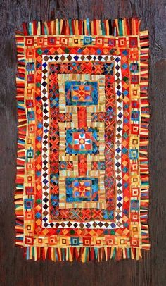 Mosaic Rug by Marian Shapiro : Courtesy of Folt Bolt via Facebook xx !
